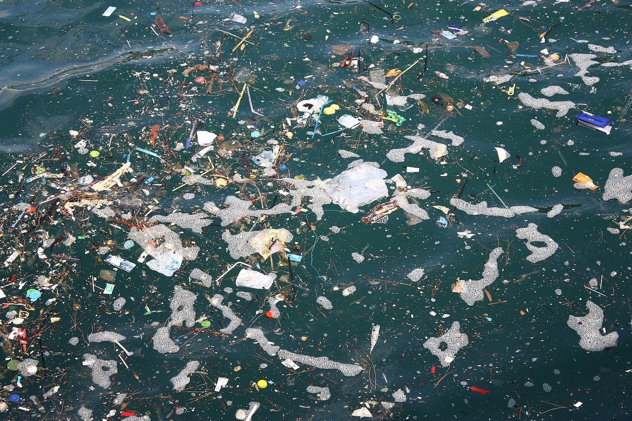 isla de basura plástico