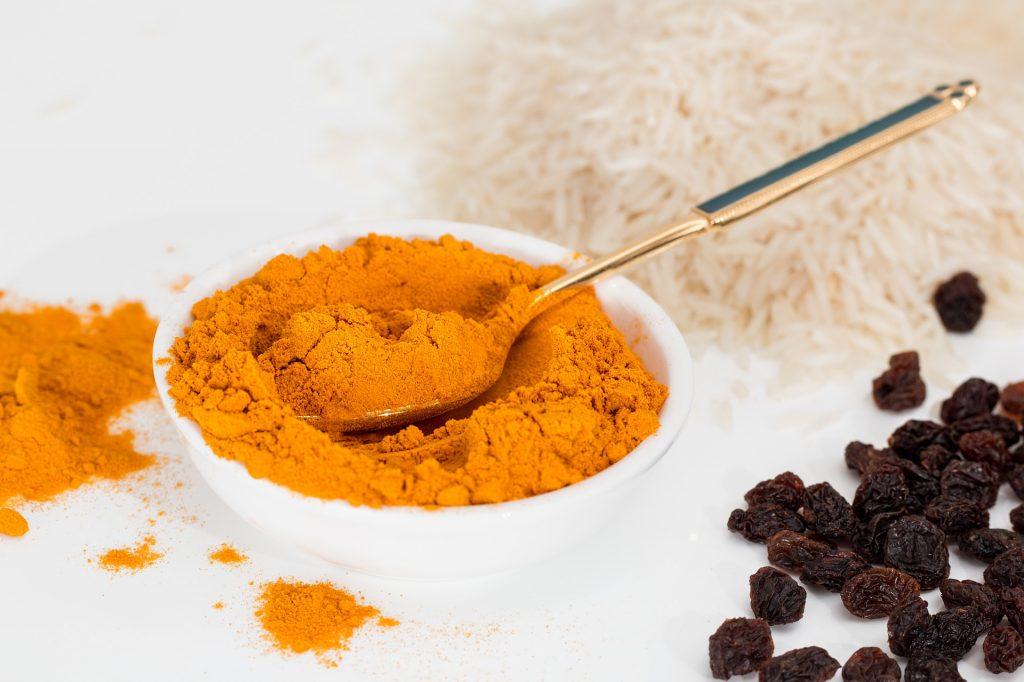 cúrcuma en polvo para curry